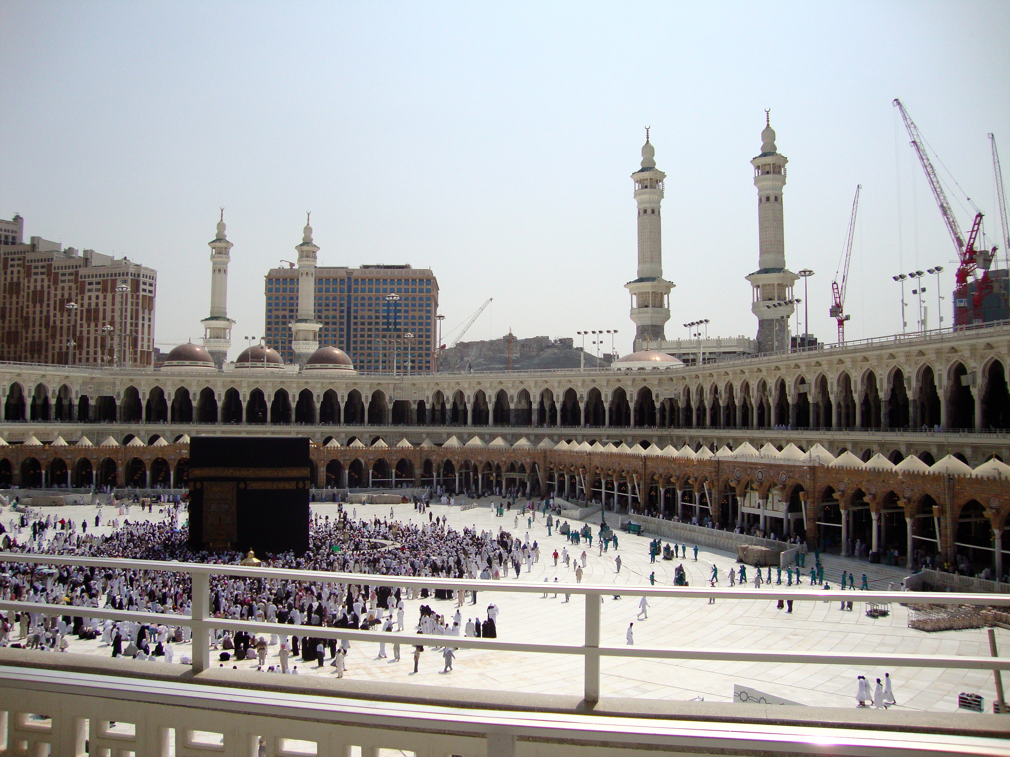 Great number of Applications for Umrah Visas in the Season